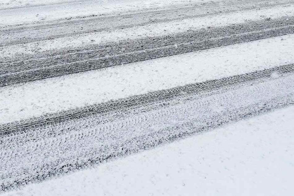 Heftige Schneefälle und Sturm haben in Teilen Japans zu Chaos geführt. (Symbolbild)