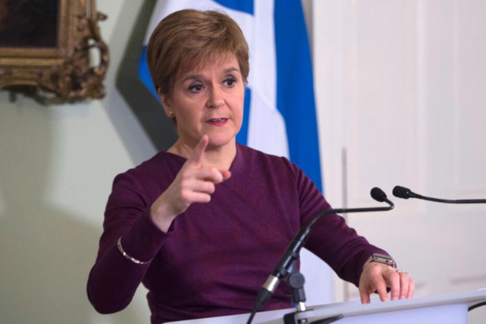Nicola Sturgeon, Premierministerin von Schottland, fordert ein zweites Referendum über die Unabhängigkeit von Schottland.