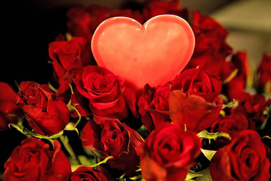 Wer möchte, kann einen Strauß Rosen auch anonym schicken.