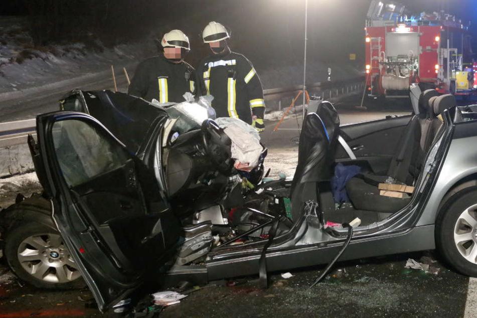 Das Auto des Elternpaares wurde bei dem Unfall komplett zerstört.