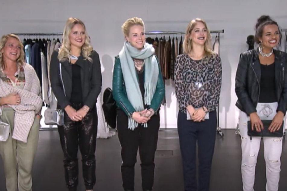 Am Finaltag präsentierten alle Mädels noch einmal ihr Outfit.