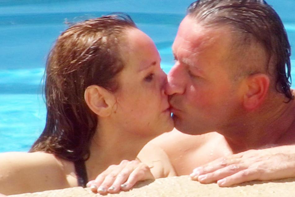 Laut Ennesto soll das Paar schon vor der Show Schluss gemacht haben. Sie machten gute Miene zum Sommer-Spiel.