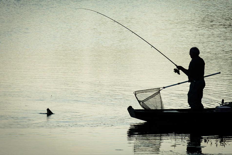 Zwei deutsche Angler tot in Frankreich geborgen
