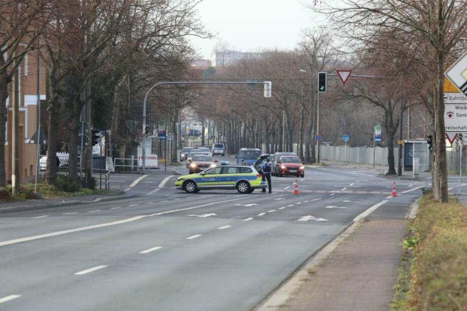 Erneut wurde die Essener Straße zwischen Delitzscher Straße und Maximilianallee gesperrt.