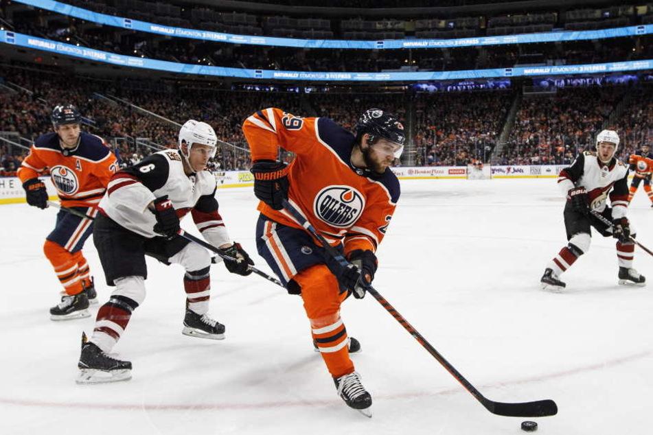 Leon Draisaitl spielt seit 2014 für die Edmonton Oilers in der NHL.