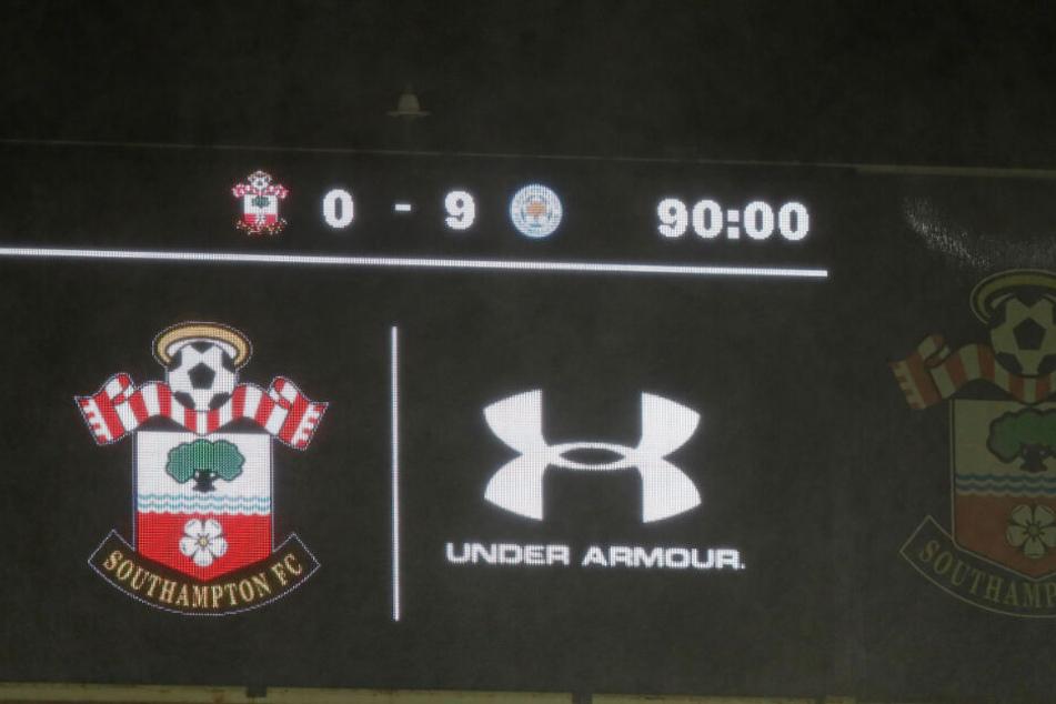 Zahlen lügen nicht, auch nicht im St. Mary's Stadium. 0:9 stand da nach Ablauf der 90 Minuten. Historisch.