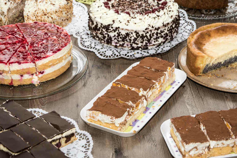 Junge Frau stirbt bei Kuchen-Wettessen