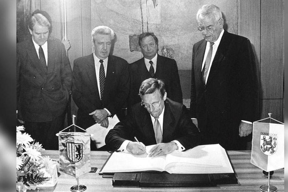 30 Jahre Ost-West-Partnerschaft: Chemnitz und Düsseldorf feiern Perlenhochzeit