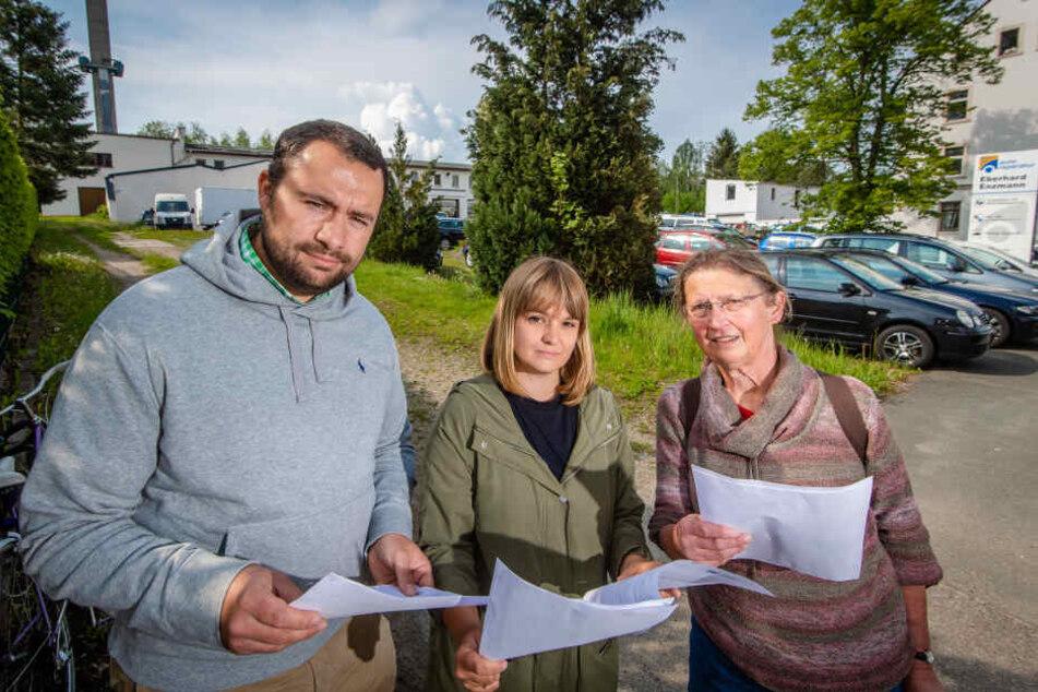 Jens Melzer (33), Nora Zill (35, SPD) und Angelika Kunze (68, r.) haben - Stand jetzt - erfolgreich gegen den geplanten Aldi-Umzug an der Bornaer Straße protestiert.