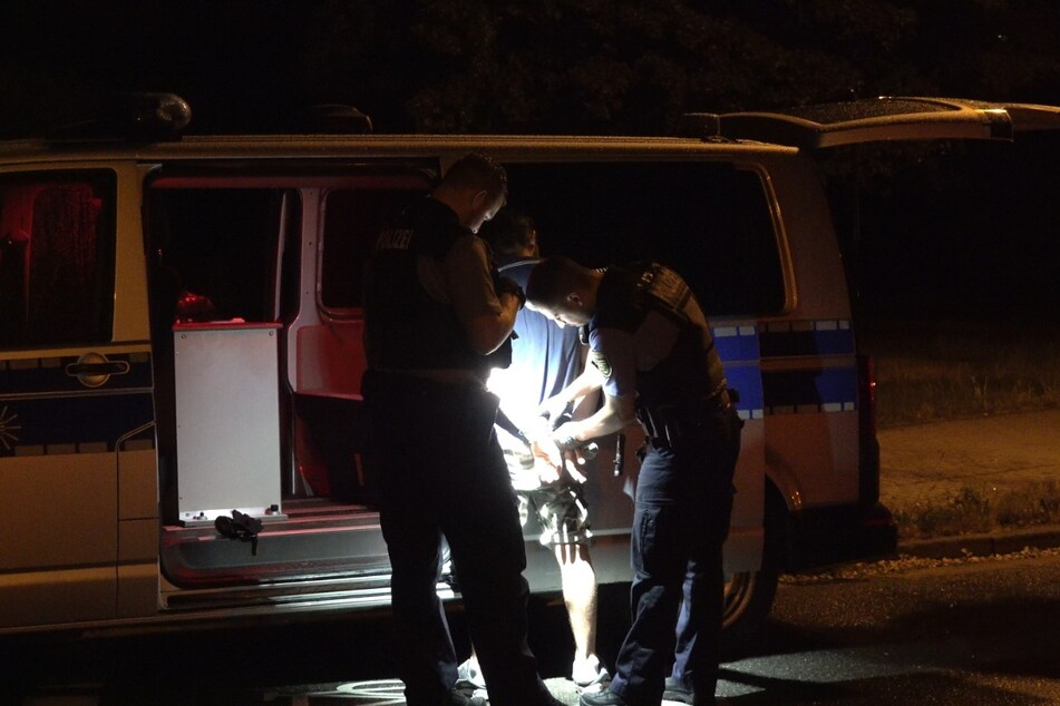 Der 31-jährige Fahrer konnte von der Polizei festgenommen werden.