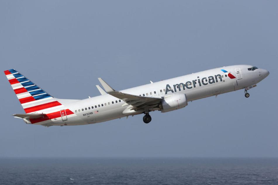 American Airlines muss sich mit einer wütenden Passagierin herumplagen.