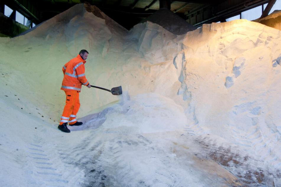 Das Salzlager ist gut gefüllt. (Symbolbild)