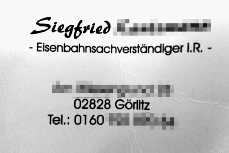 """Auf seiner Visitenkarte weist sich Siegfried K. als """"Eisenbahnsachverständiger i.R."""" aus."""