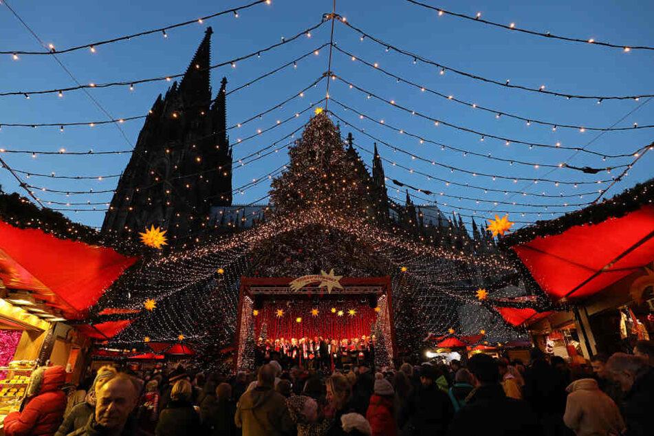 Weihnachtsmarkt und Co: Tipps für deinen Samstag in Köln!