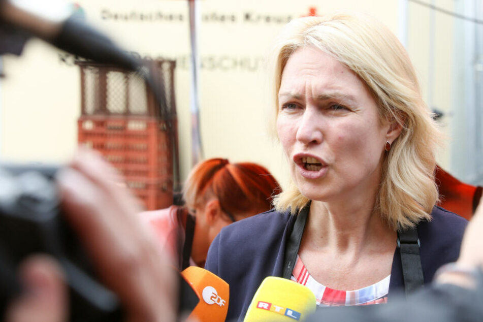 Krebs! Ministerpräsidentin Manuela Schwesig legt SPD-Amt nieder