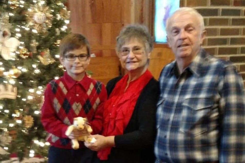 Cledith Davenport mit Familienmitgliedern kurz vor seinem grausamen Tod.