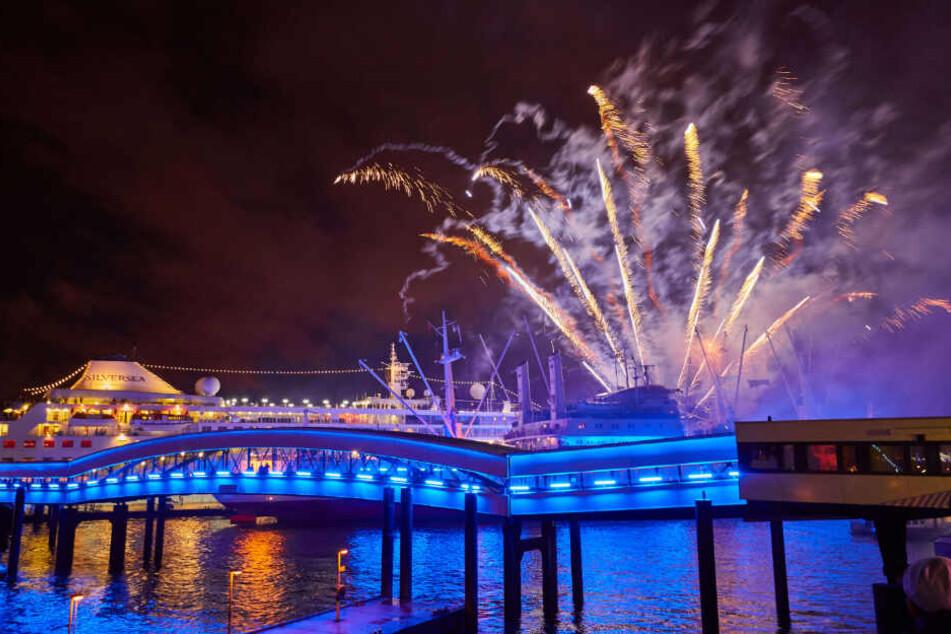 An drei Abenden wird es auch ein großes Feuerwerk am Hafen geben.