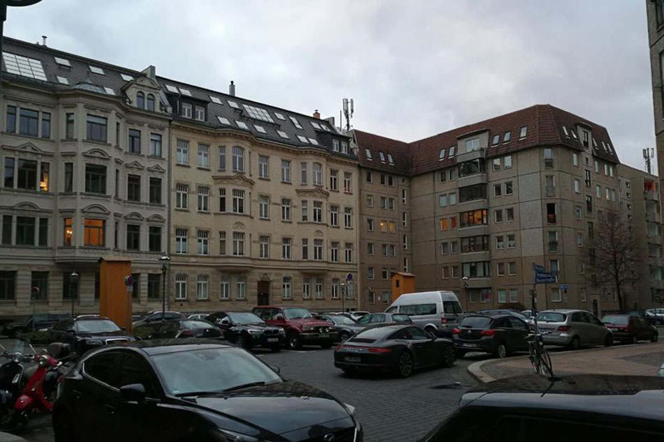 Die Straßen sind eng, die Parkplätze rar gesät. Jetzt plant die Stadt ein neues Verkehrskonzept für das Leipziger Kolonnadenviertel.