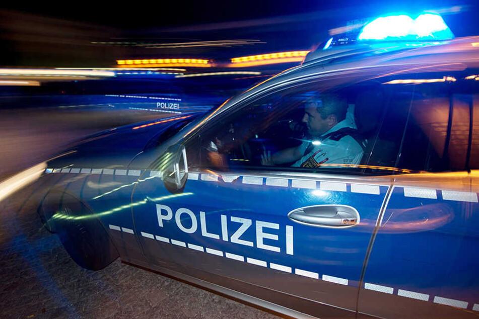 Die Polizei auf Stippvisite bei einem alten Bekannten. (Symbolbild)