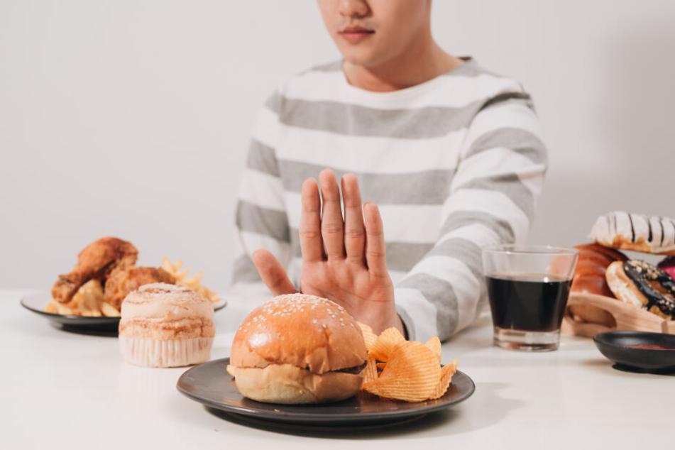 Zu viel Zucker macht auf Dauer krank.