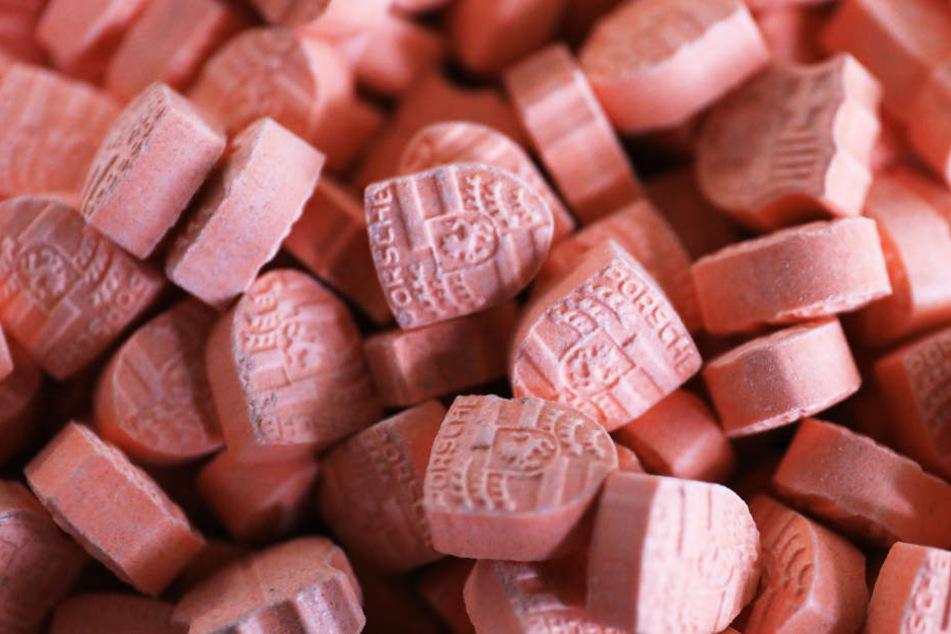 Beschlagnahmte Ecstasy-Pillen. (Symbolbild.)