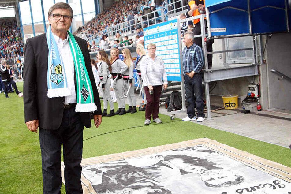 Hans Meyer zur Stadioneröffnung im August 2016 in Chemnitz. Damals traf der CFC auf Mönchengladbach. Dort ist der 75-Jährige Präsidiumsmitglied. Von 1988 bis 1993 betreute er den FSK/CFC.