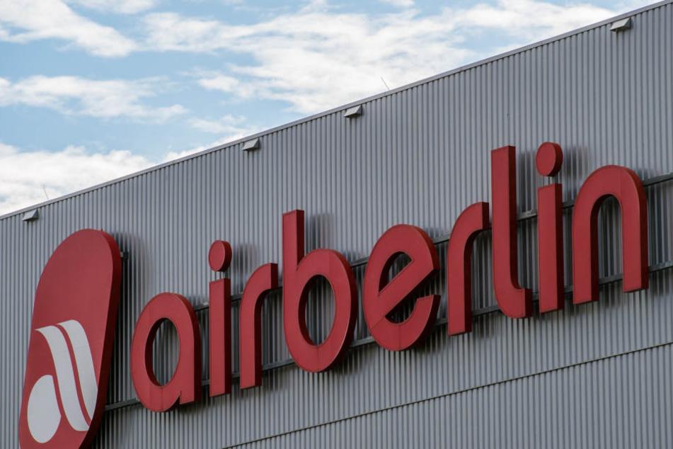 Rote Buchstaben gesellen sich nun rote Zahlen: 2016 machte Air Berlin 781,9 Millionen Euro Verlust. (Symbolbild)