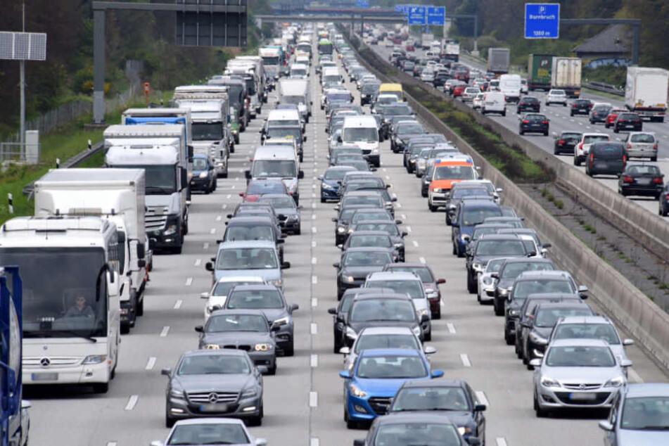 Stau-Alarm auf Hessens Autobahnen: Die Sommerferien gehen los!