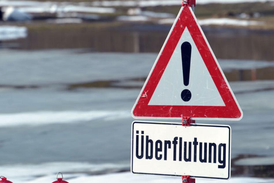 In Bayern und Baden-Württemberg kann es zu Überflutungen kommen. Die Behörden waren vor den Unwettern.