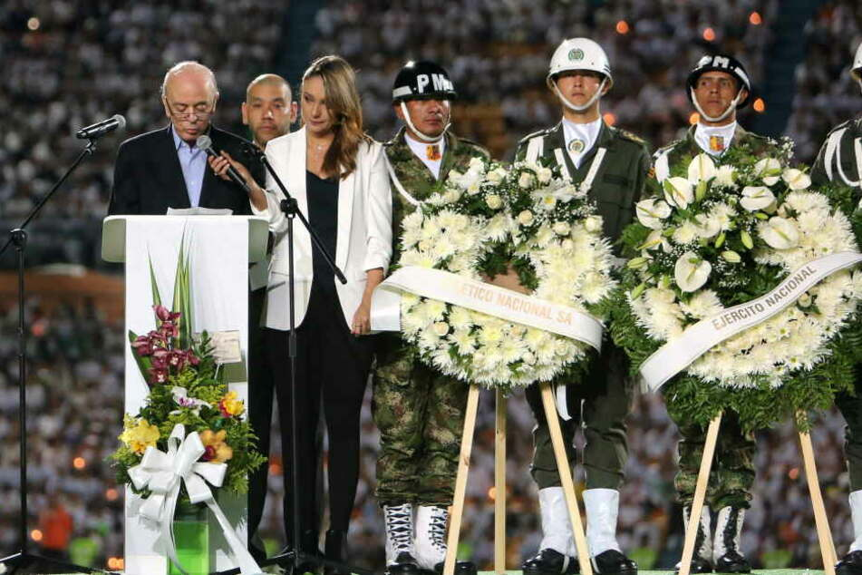 Tränenabschied im Stadion in Medellin, wo die Mannschaft am Mittwoch spielen sollte.