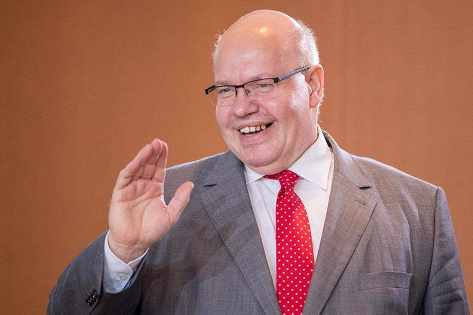 Kanzleramtschef Peter Altmaier: Wird er auch nach seinen Äußerungen noch lachen können oder drohen ernsthafte Konsequenzen?