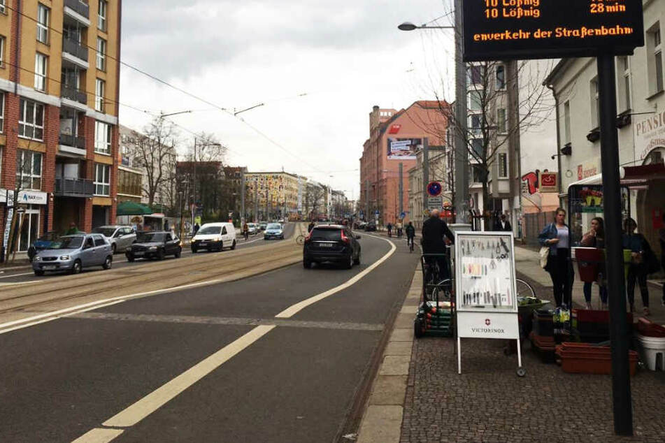 Auf der Karl-Liebknecht-Straße kam es zu Beschimpfungen, einem Steinwurf und einer Nazi-Parole eines 38-jährigen Mannes. (Archivbild)