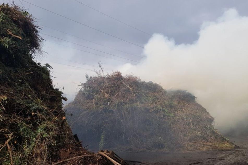 Brand in Kompostieranlage in Wachtberg-Gimmersdorf.
