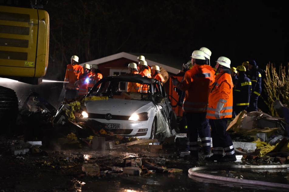 Im Schutt fanden die Rettungskräfte eine männliche Leiche.
