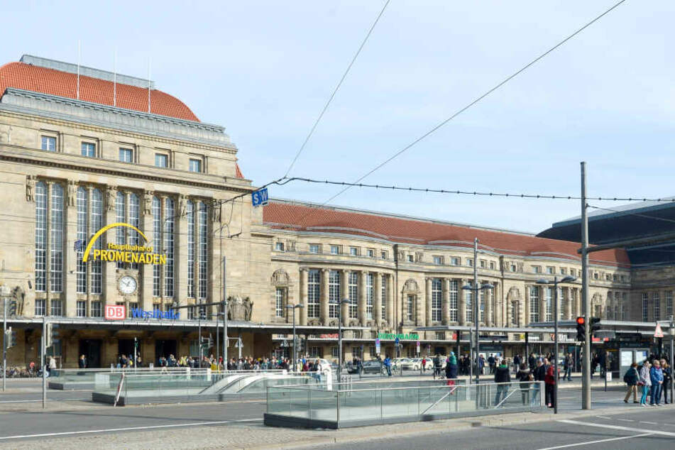 Am Leipziger Hauptbahnhof ist ein 19-jähriger Drogendealer geschnappt worden. (Symbolbild)