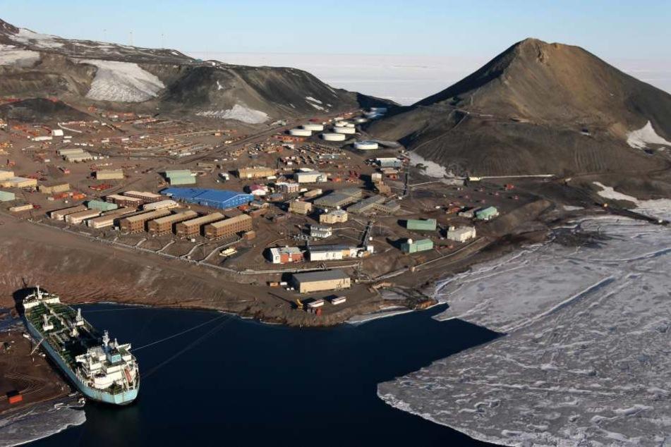 In der McMurdo-Station sind zwei Techniker ums Leben gekommen. (Archivbild)