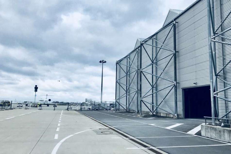 Der Alte Hangar am Dresdner Flughafen.
