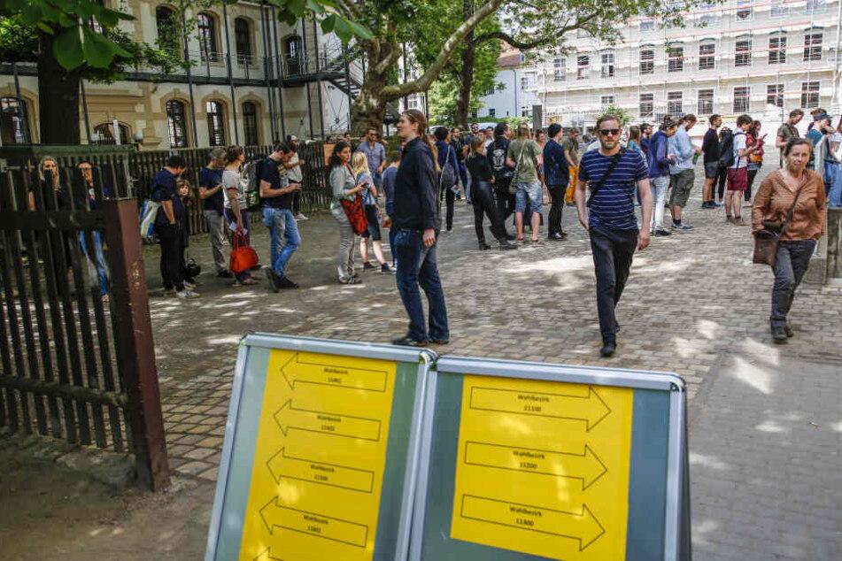 Dresden: Wahl-Chaos: Steht Dresdner Ergebnis erst in zwei Wochen fest?