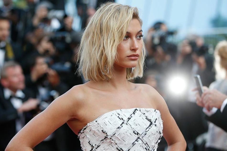 Hailey Baldwin am 24.5.2017 bei den 70. Filmfestspielen von Cannes