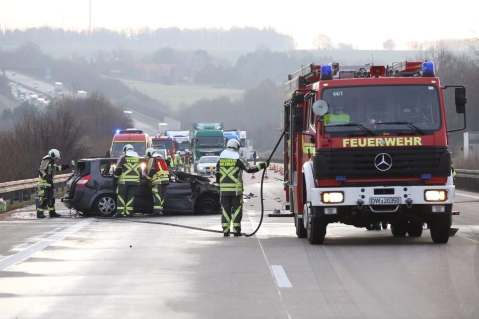 Der Renault Scenic brannte komplett aus.