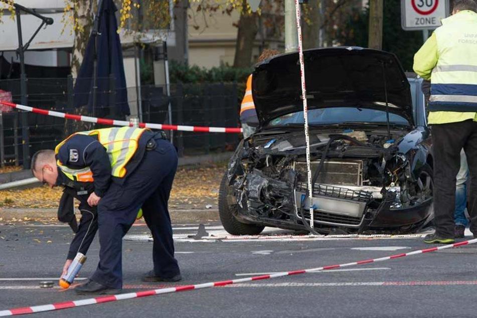 Am Unfallort fehlten die Fahrer der Autos (Symbolbild).