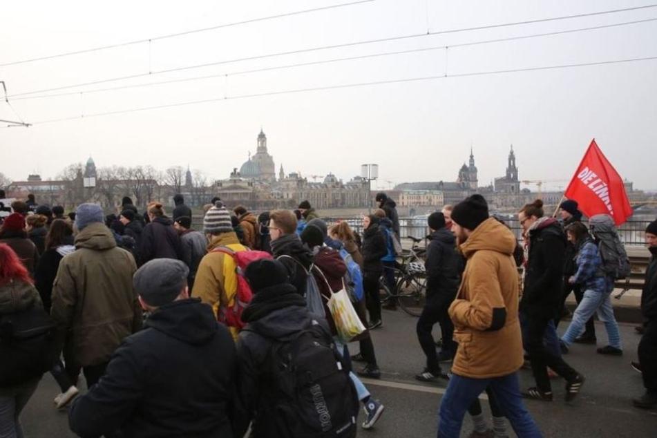 Versammlung in Dresden wegen Volksverhetzung unterbrochen