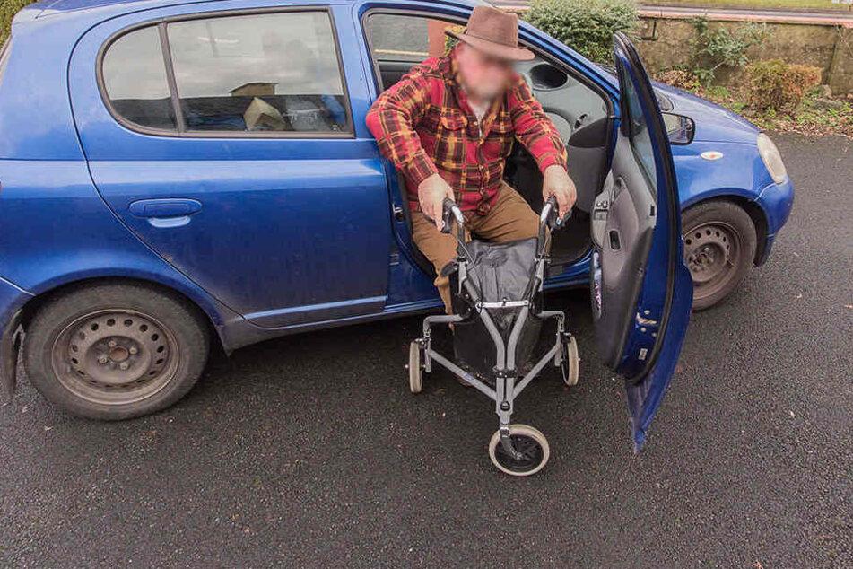 Der Senior wurde von einem der Räuber vor einem Supermarkt in Freiberg gezwungen, in ein Auto zu steigen (Symbolbild).