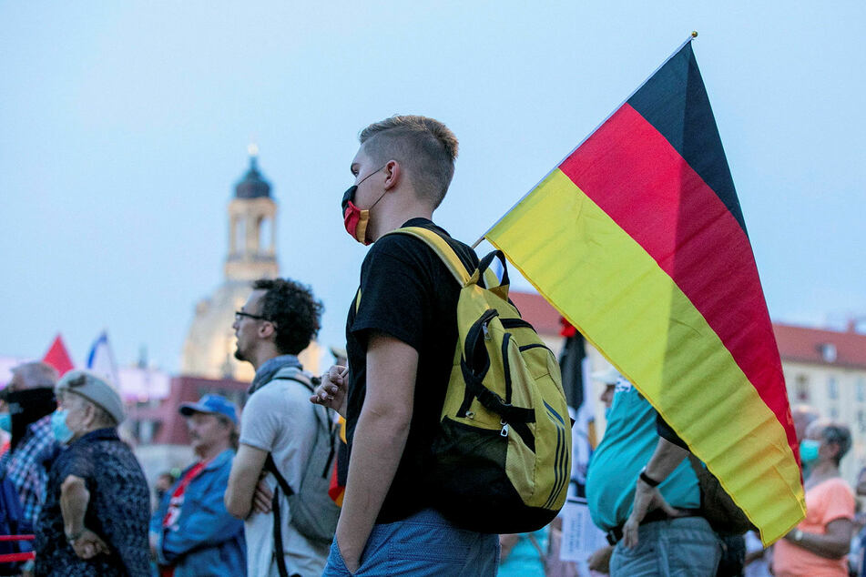 Pegida und Ausländerfeindlichkeit sehen viele Dresdner als Problem.