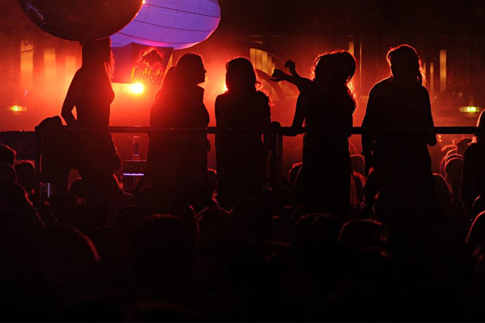 Können die Leipziger Nachtschwärmer bald wieder pausenlos feiern? (Symbolbild)