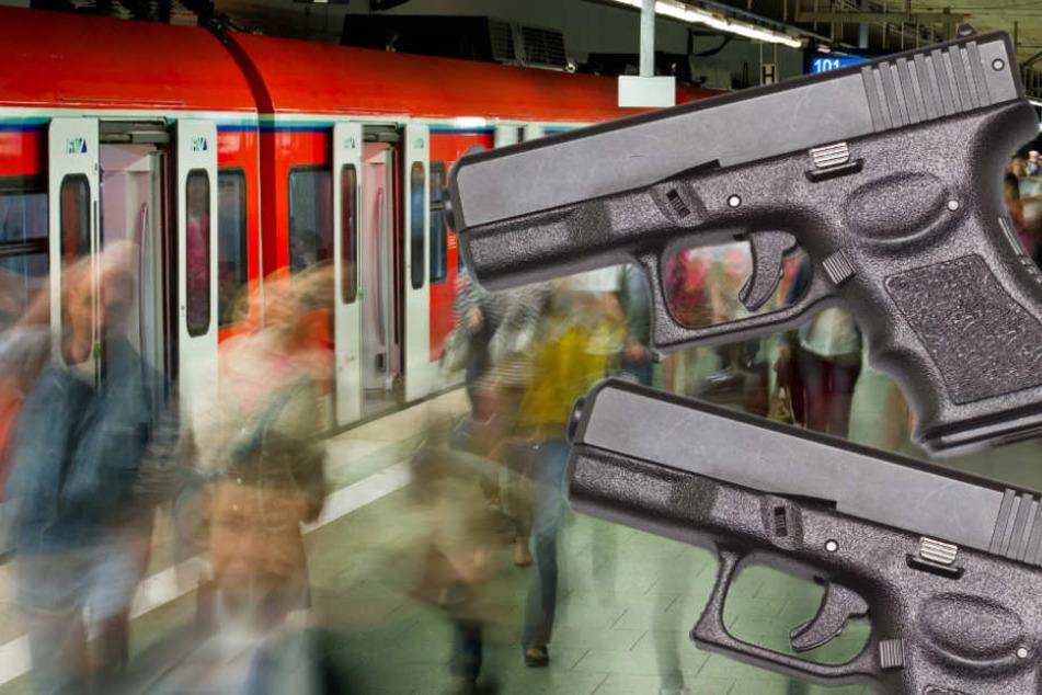 Die Waffen der jungen Männer behielt die Bundespolizei ein (Symbolfoto).