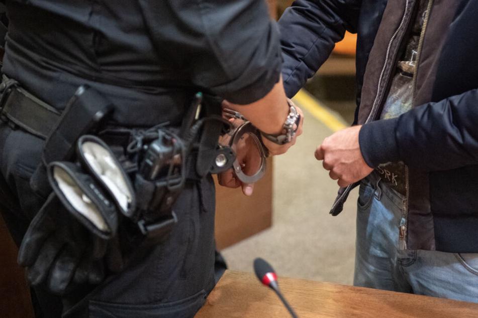 Einem der Angeklagten gelang im August die Flucht aus der Memminger JVA, der Mann wurde später wieder eingefangen.