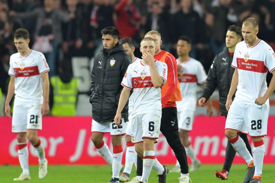 VfB-Coach Markus Weinzierl intensivierte bereits das Training: VfB-Kicker traten in dieser Saison eher müde auf.