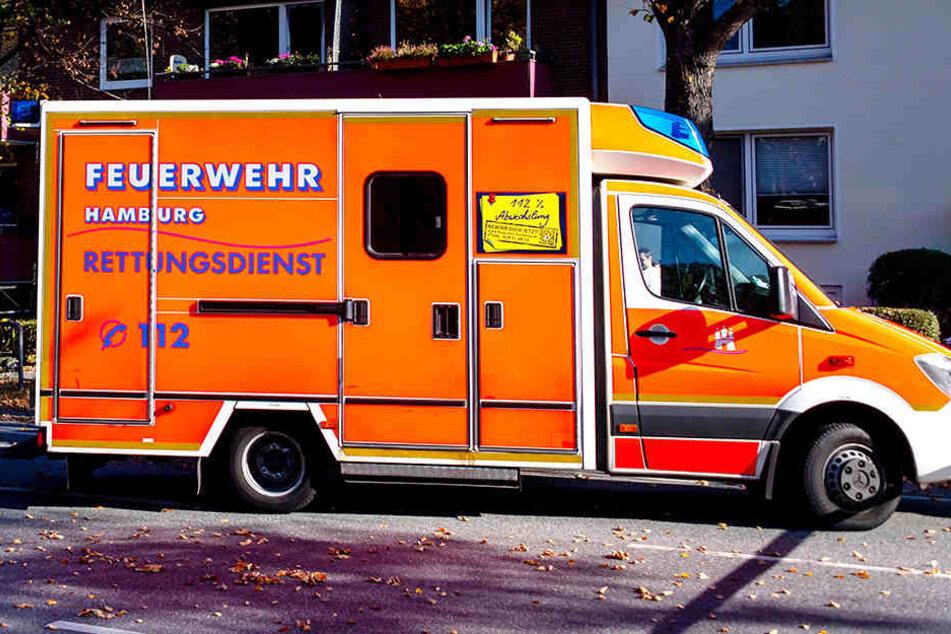Die zwei verletzten Mädchen wurden schwer verletzt in ein Krankenhaus gebracht.