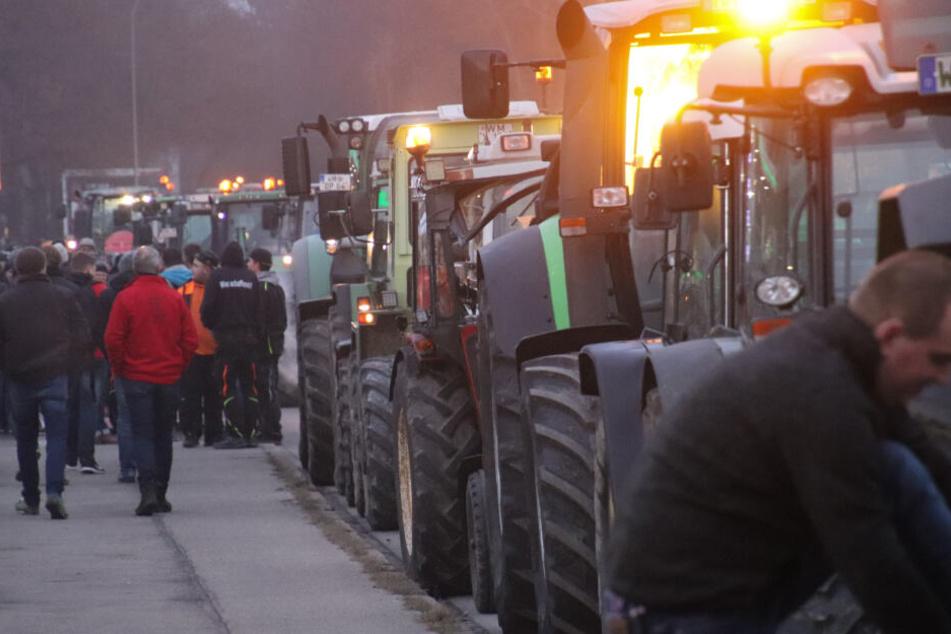 Zu der Demonstration in Memmingen waren 1000 Traktoren gekommen.